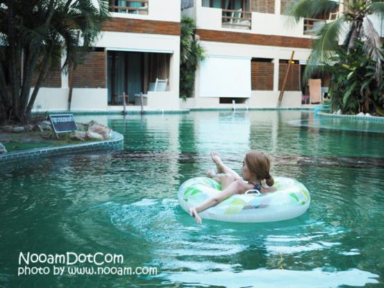 รีวิวที่พักหัวหิน The Hideaway Resort Huahin ห้องพักแบบ Jacuzzi pool side เงียบสงบ ใกล้ร้านอาหาร