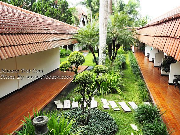 รีวิว Palm Hotel ห้องพักโอเค ห้องใหญ่ เตียงนุ่มหลับสบาย ไม่ไกลจากจากภูเขาอีเจี้ยน (อินโดนีเซีย)
