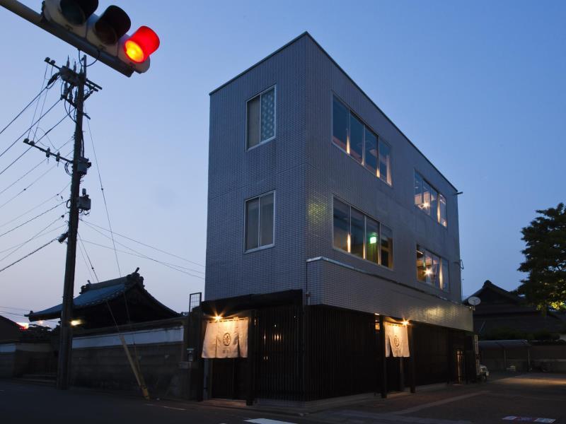รีวิว Hakata Gofukumachi Hostel Takataniya ที่พักใกล้สถานีฮากาตะ เมืองฟุกุโอกะ หลับสบาย ราคาเบาๆ