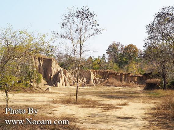 รีวิวเสาดินนาน้อย หรือ ฮ่อมจ๊อม ใกล้ๆคอกเสืออุทยานแห่งชาติศรีน่าน ที่เที่ยวจังหวัดน่าน